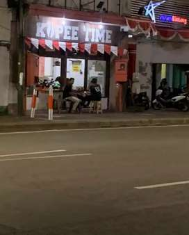 Stand Kios Pujasera Foodcourt Warkop Coffee Shop Lokasi Strategis Rame