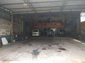 Dijual bengkel mobil dan ban beserta isinya di Bekasi Utara
