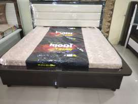 Heavy box bed at wholesaleprice with quality materials