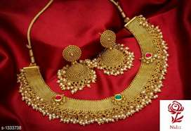 *Bridal Sparkling Alloy Jewellery Sets. Material: Alloy