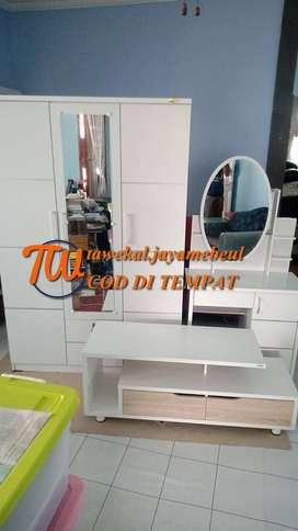 paket 3in1 meja rias meja tv dan lemari pakaian pintu 3