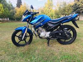 Yamaha ybr 125 blue colour