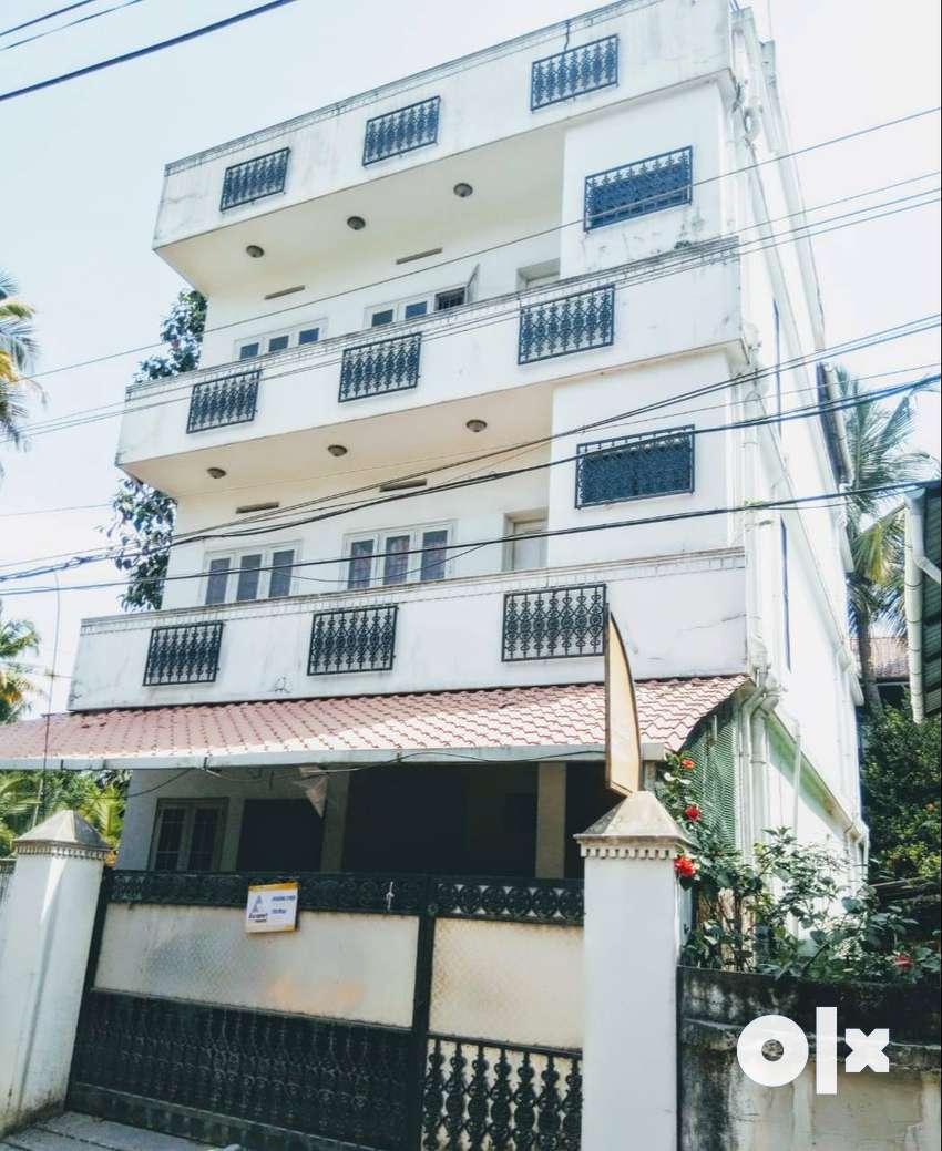 Vinayaka Ladies Hostel 0