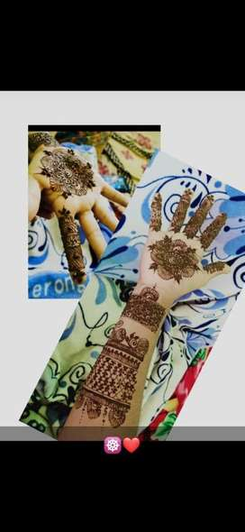 Mehandi artist for wedding and receptions.. available at doorstep