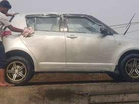 Maruti Suzuki Swift 2006 Petrol 82000 Km Driven