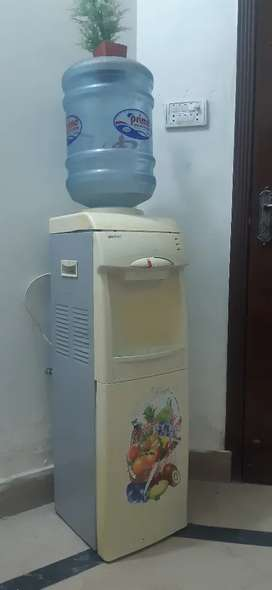 Water dispenser ORIENT COMPANY