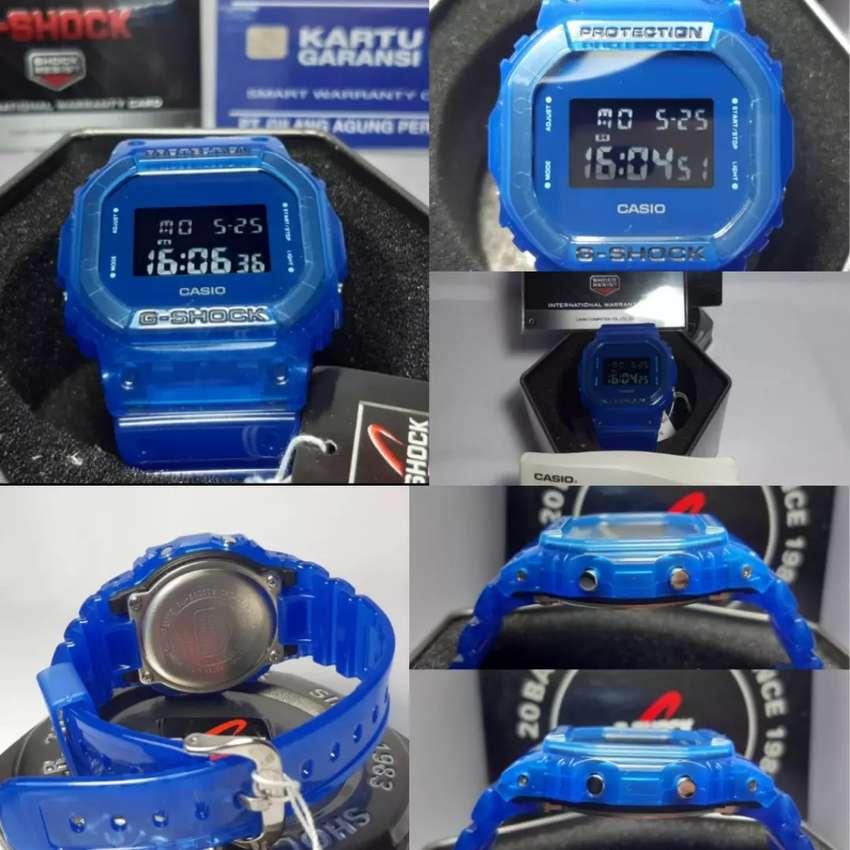 Casio G shock DW5600SB-2 0