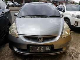 Honda Jazz IDSI 2005 Abu-abu Kondisi Mulus terawat bs tt avanza,xenia