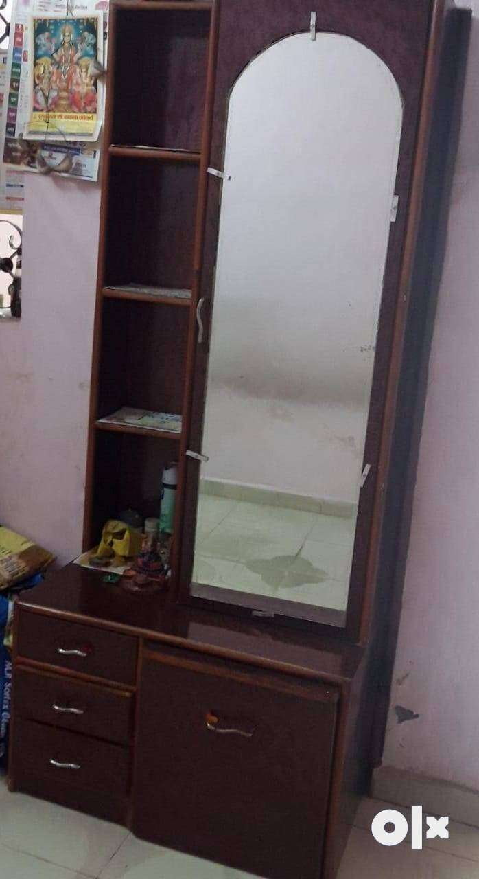 Sell_ Dressing table