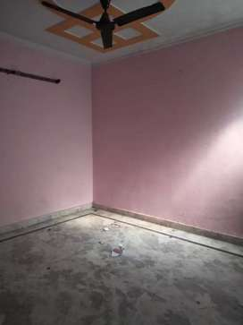 Builder floor rent in Uttam Nagar West