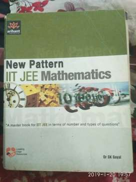 All +2 books ,iit jee books,cbse books,neet book Available at 50% off