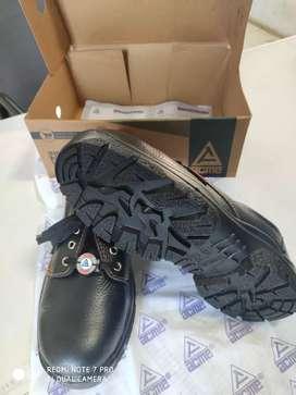 ACME Antistatic Footwear
