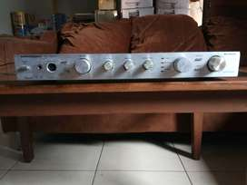 Grundig  SV 2000 Integrated Amplifier