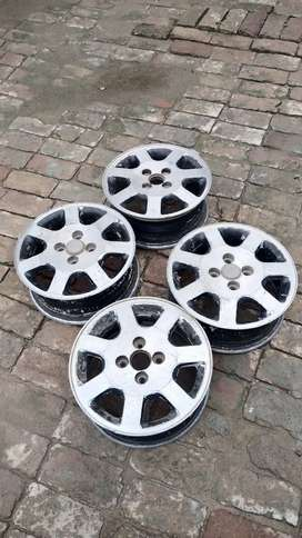 "14"" alloy rim for sale"