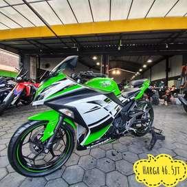 Kawasaki Ninja 250ABS Pmk 2015, KM 5rb Gress Like New,Mustika Motoshop