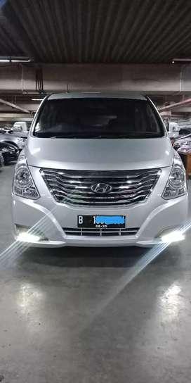 Hyundai H-1 XG CRDi Automatic Silver 2015
