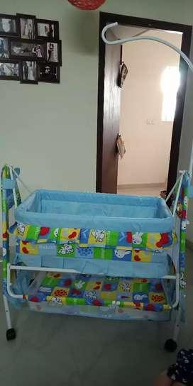BabY cradel with mosquito net