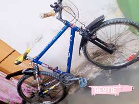 New tyre new handle new condition cycle