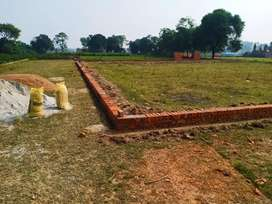Near MC Saxena Jetta Mal Road