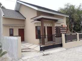 Rumah Bagus di jl.Godean dekat Dowa