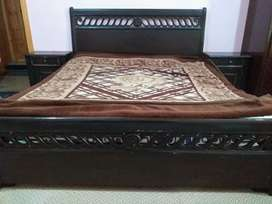 Bed Set with two side tables and dressing table