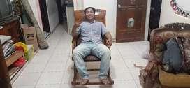 Kursi goyang males atau kursi pensiunan, kayu jati, free ongkir
