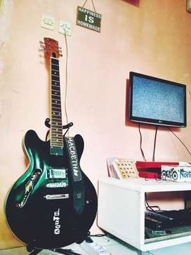 Gibson Tom Delonge ES335
