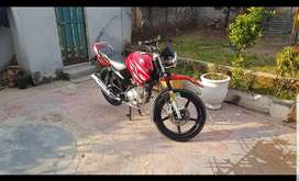 Yahama YBR 125 neat & clean sirf 9000km chala ha. All documents clear.