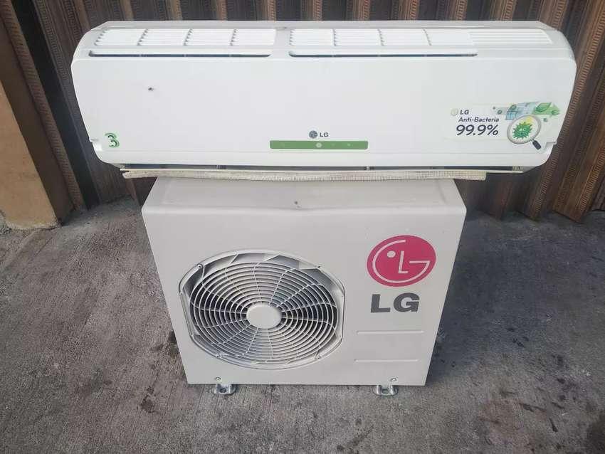 Dijual AC 1 PK merk LG + pasang dan bahan 0