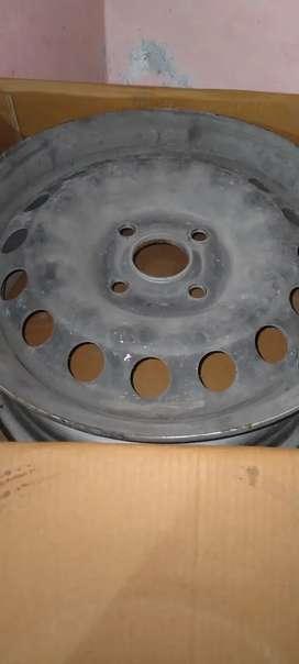 4 Tyre rim