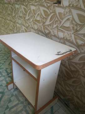 500 tv table