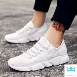 Attractive men's casual shoes