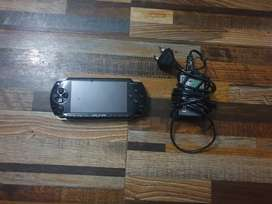 Psp 1000 with charger (40 games downloaded) full accessories