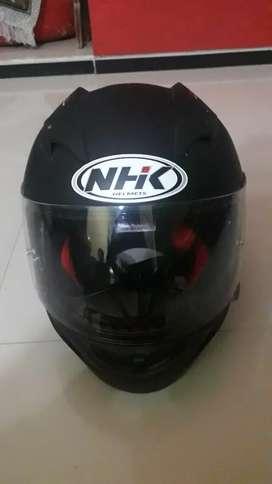 Helm NHK GP 1000 GP1000