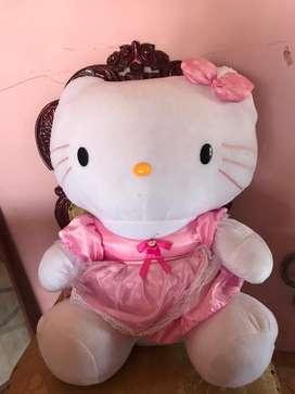 boneka hello kitty raksasa