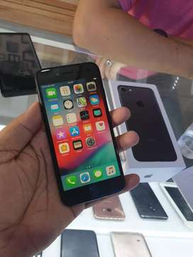 Iphone 7 128gb black dan gold mlus