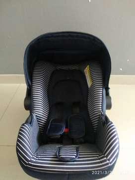 Car seat Bayi merk GB (Great Bavu?