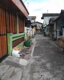 Jual rumah kampung apa adanya CEMANI
