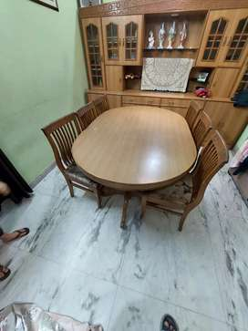 Brand new 6 chair dining table..