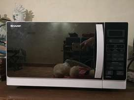 sharp r622wm microwave and grill 20L