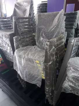 Brand New plastic Chair High Storng and sturdy