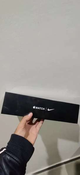 Apple watch series 5 (44 MM) Nike Edition