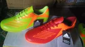 Sepatu FUTSAL terbaru