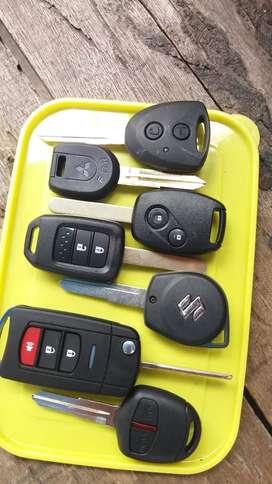 Menjual kunci mobil berbagai macam merk dan jenis