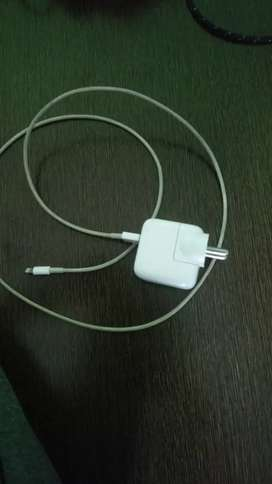 iPad charger White 800rs also works with iphones