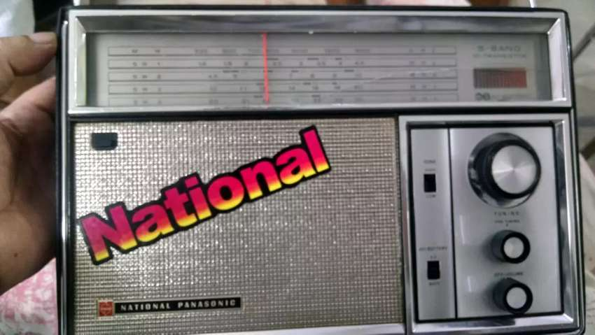 National Radio 5 Bands made in Japan 0
