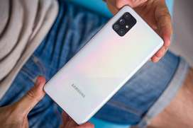 Samsung Galaxy A71 available with all accessories and warranty with it