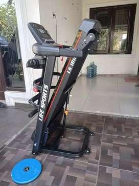 Sepeda statis / homegym/ Treadmill elektrik i81o sr uuy556