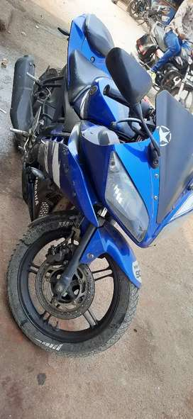 Good condition bike R15