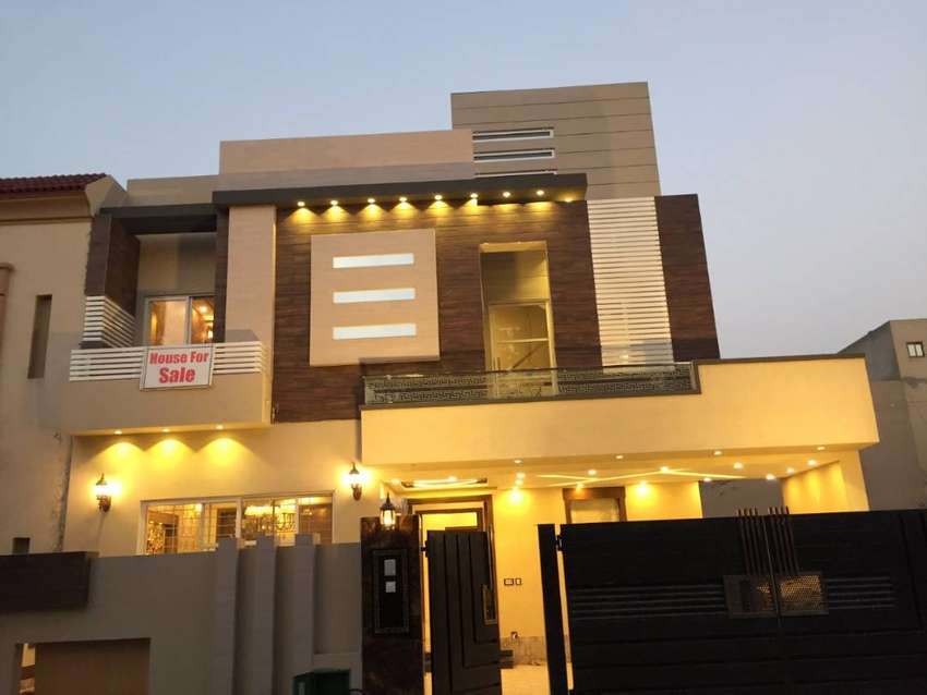 DESIGNER FINISHED 10 MARLA BRAND NEW VVIP CLASSIC HOUSE FOR SALE 0
